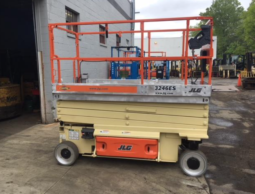 Similar Used Equipment - 2011 JLG 3246ES