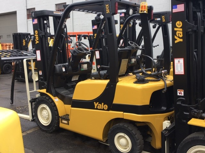 Similar Used Equipment - 2015 Yale GLP050VXNDAE086