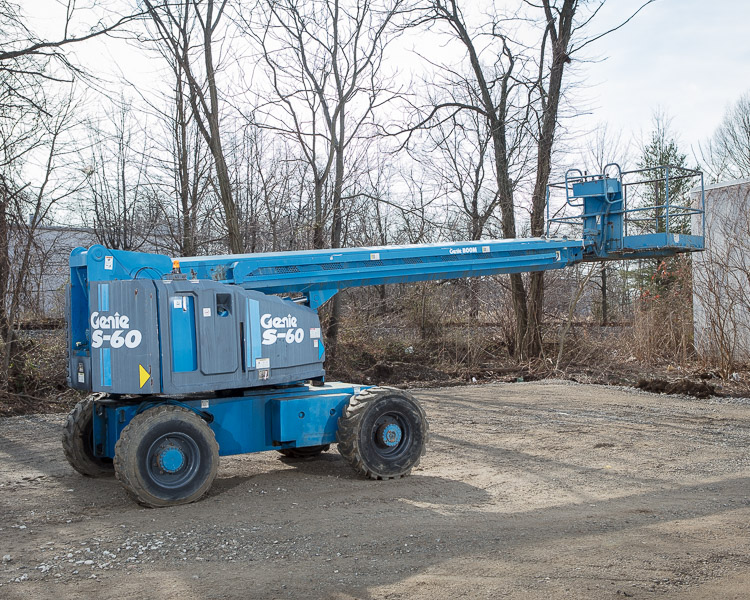 Similar Used Equipment - 2007 Genie S-60
