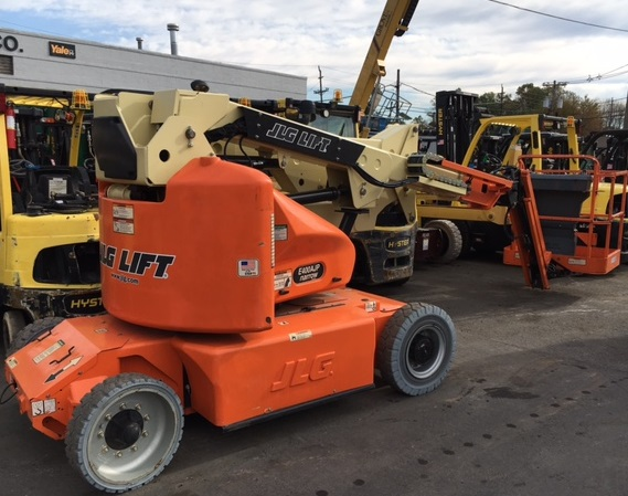 Similar Used Equipment - 2014 JLG E400AJPN