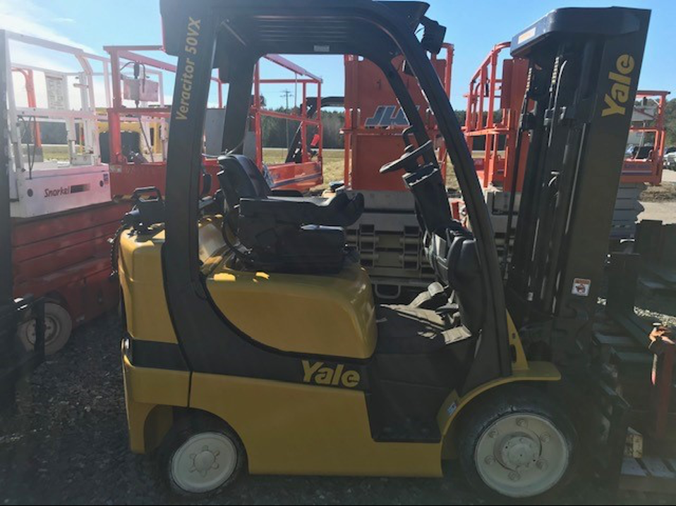 Similar Used Equipment - 2015 Yale GLC050VXNDSE085