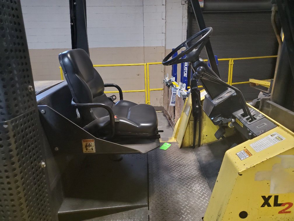 2006 Hyster H155XL2 Image