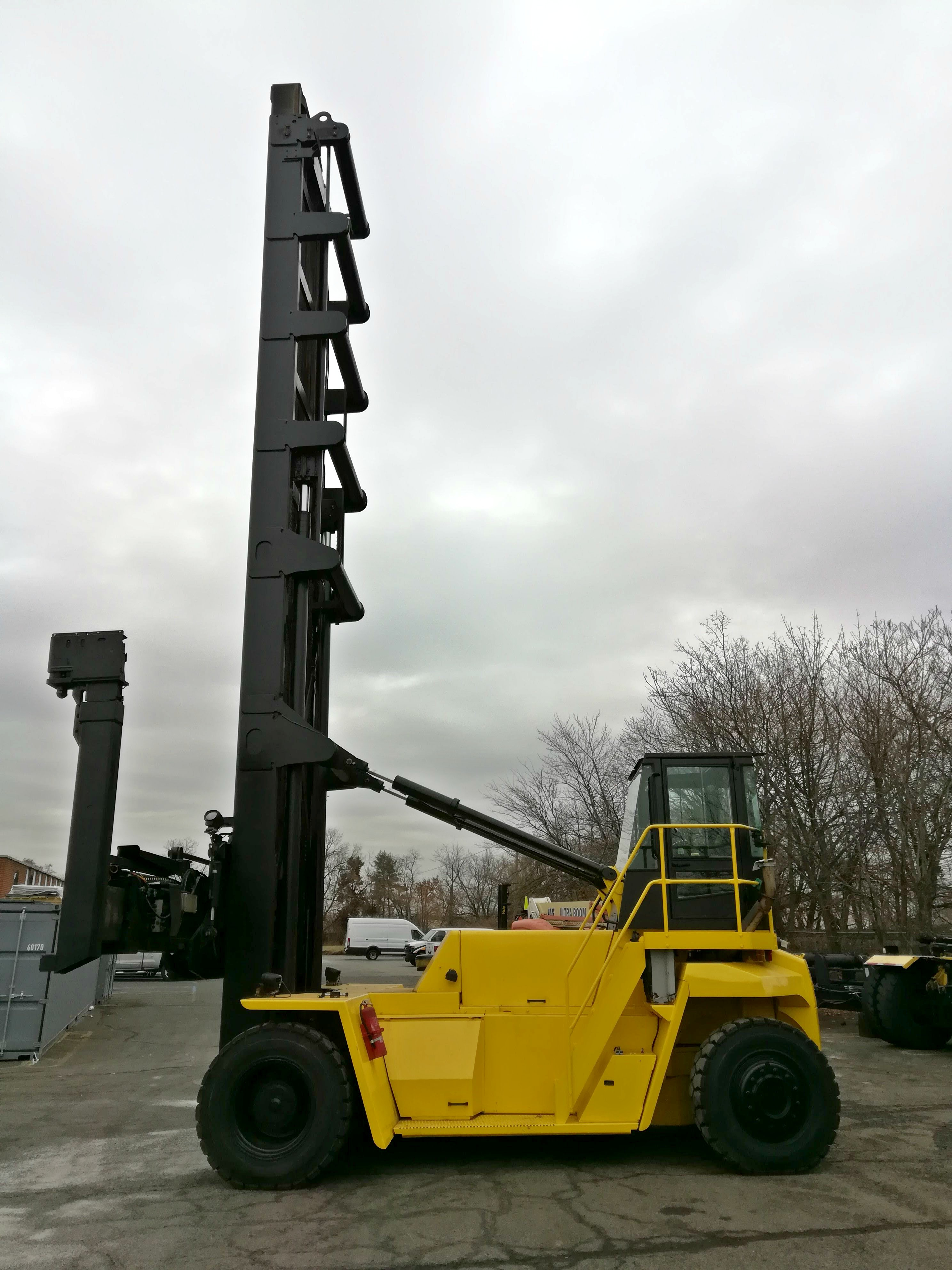 2006 Hyster H450H-EC6 Image