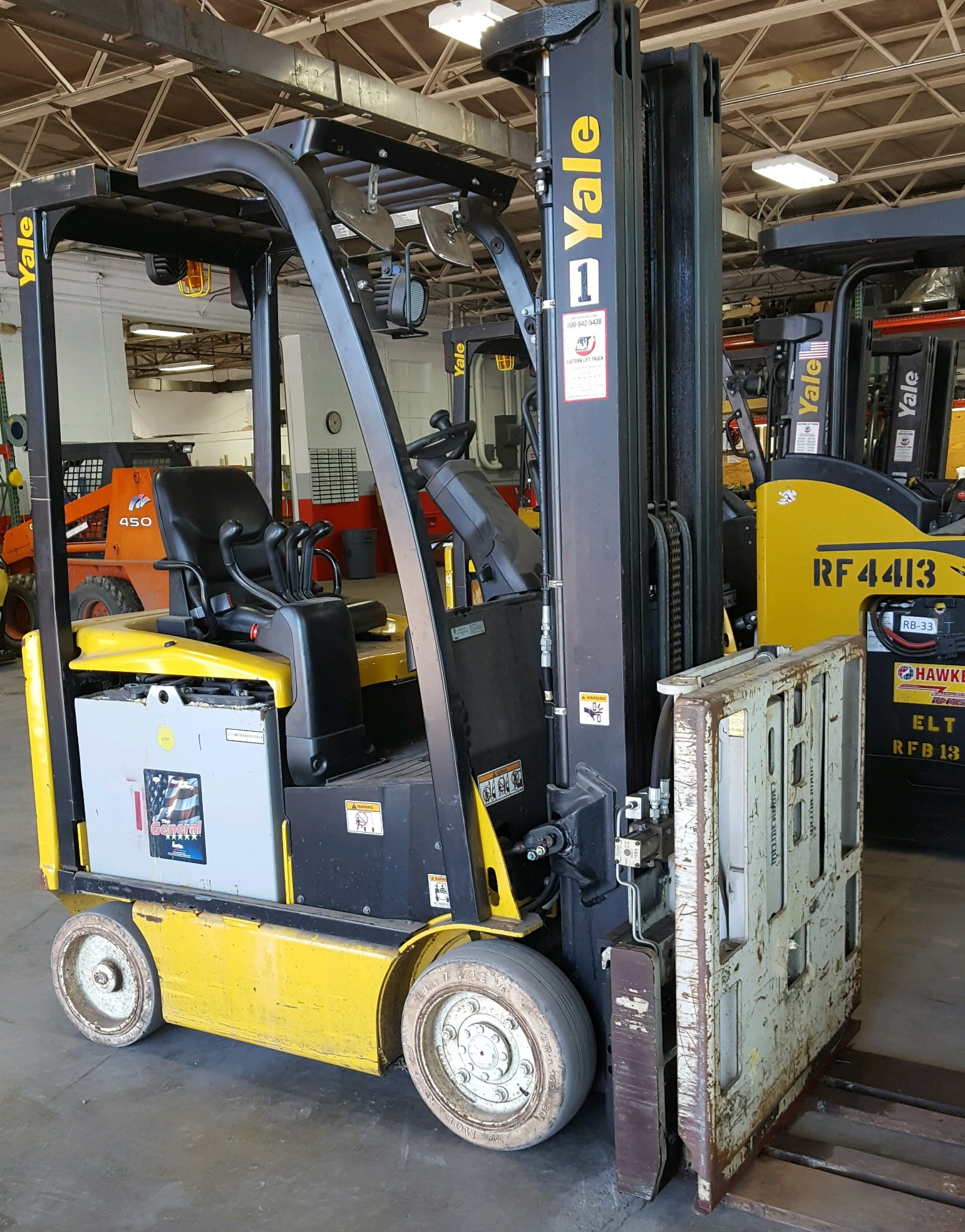 Similar Used Equipment - 2012 Yale ERC040VAN36TE094