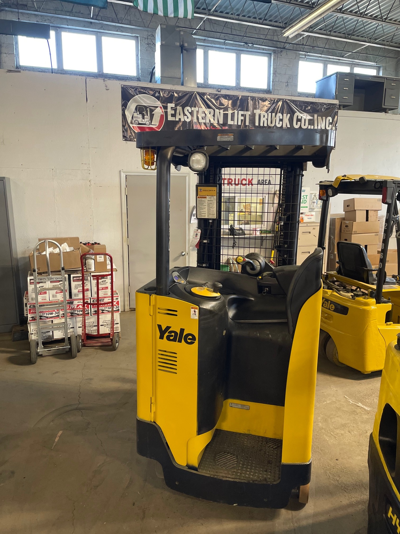 Similar Used Equipment - 2014 Yale NR035EBNL36TE087