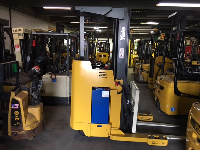 Similar Used Equipment - 2007 Yale NRO40