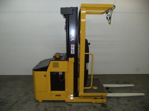 Similar Used Equipment - 2010 Yale OS030ECN24TE089