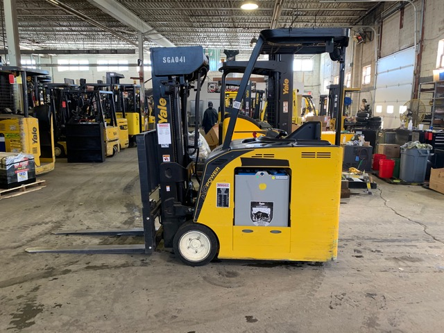 Similar Used Equipment - 2014 Yale ESC040ACN36TQ084