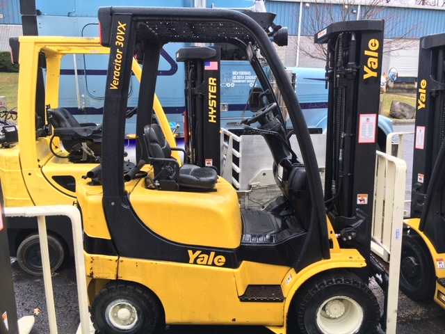 Similar Used Equipment - 2011 Yale GLP030VXNUSE084