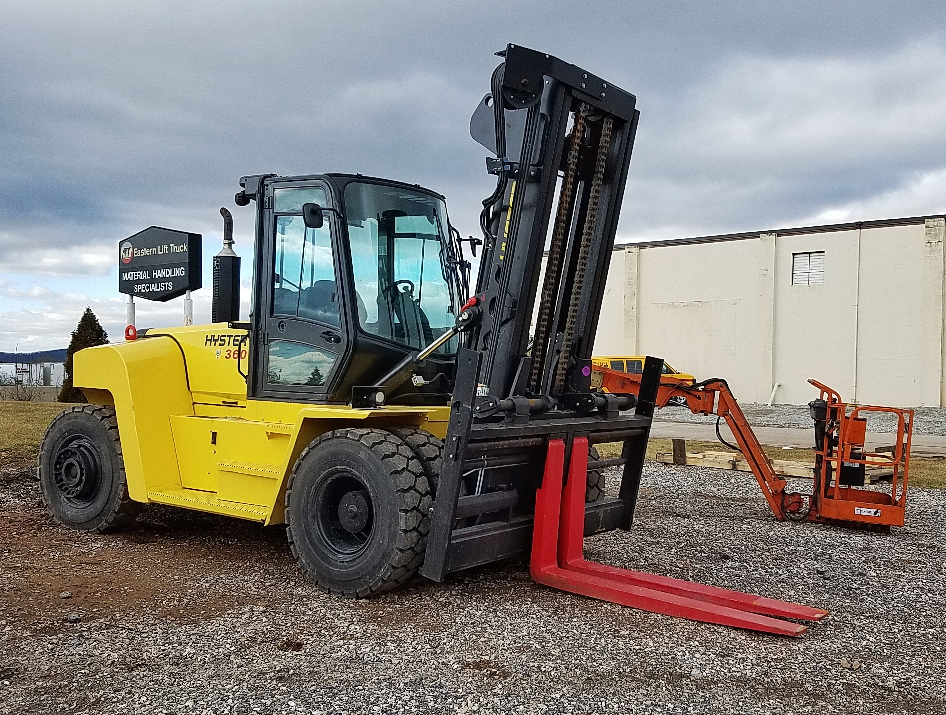 Similar Used Equipment - 2015 Hyster H360HD2