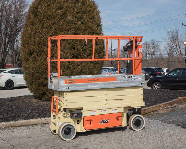 Similar Used Equipment - 2007 JLG 2630ES