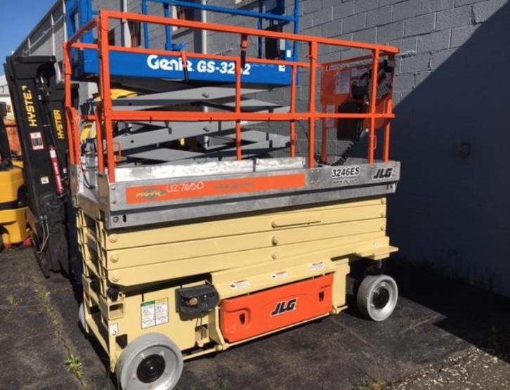 Similar Used Equipment - 2008 JLG 3246ES