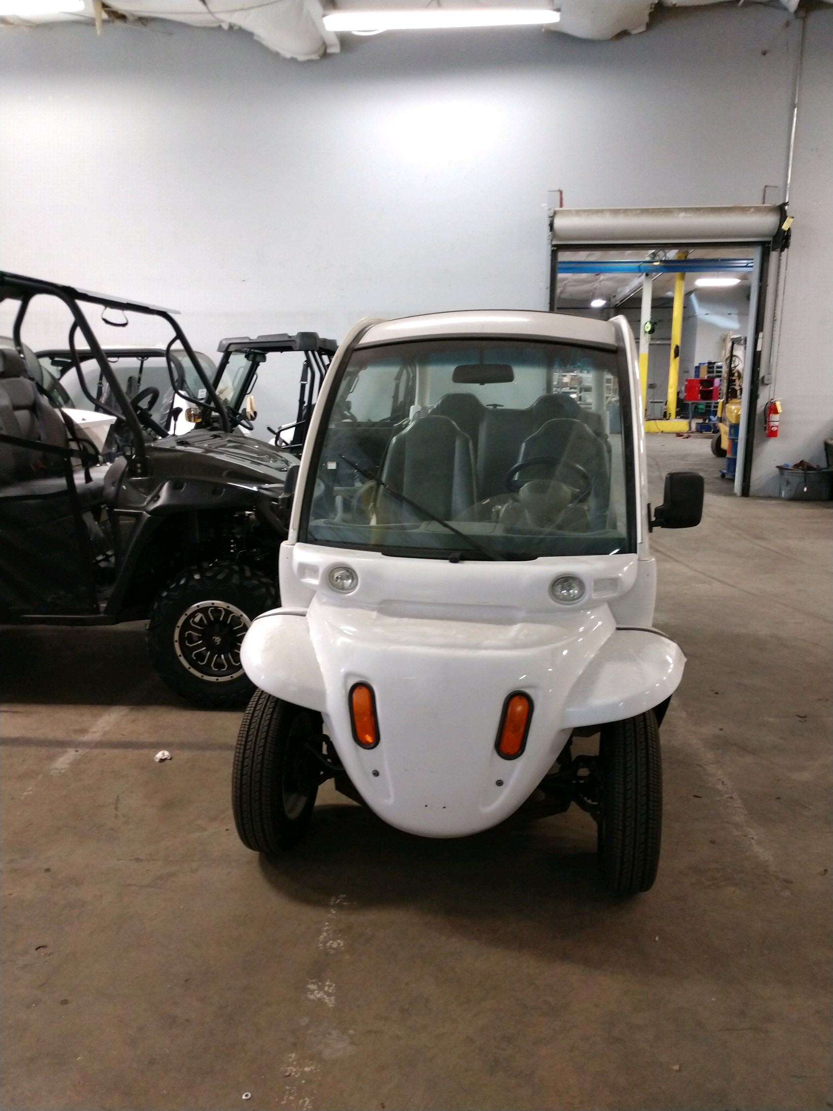 2004 Polaris GEM e4 Image