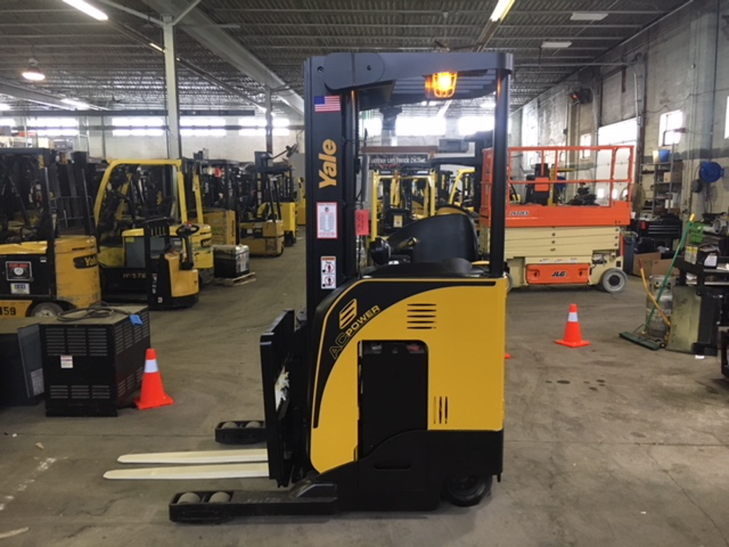 Similar Used Equipment - 2016 Yale NR035DBNM36TE095