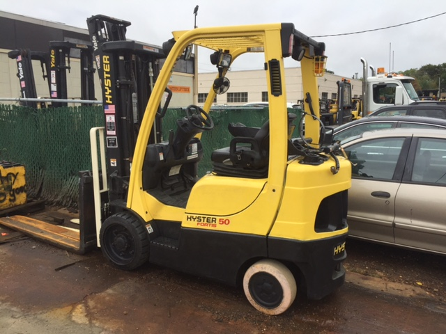 Similar Used Equipment - 2009 Hyster S50FT