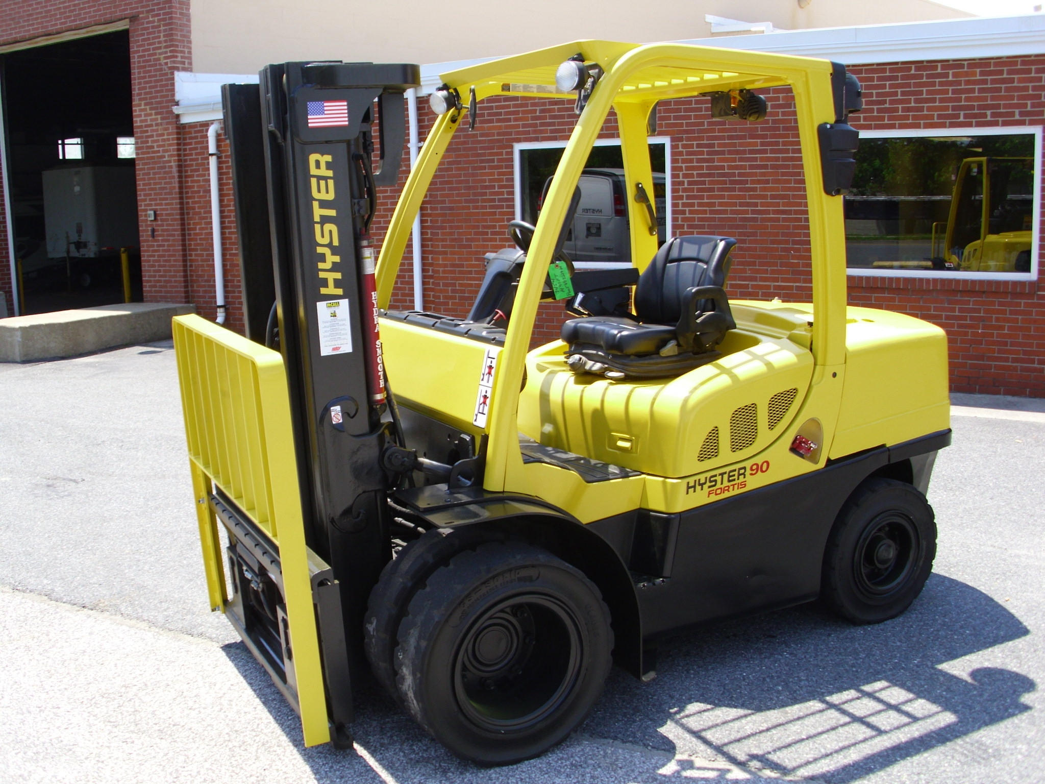 2010 Hyster H90FT Image