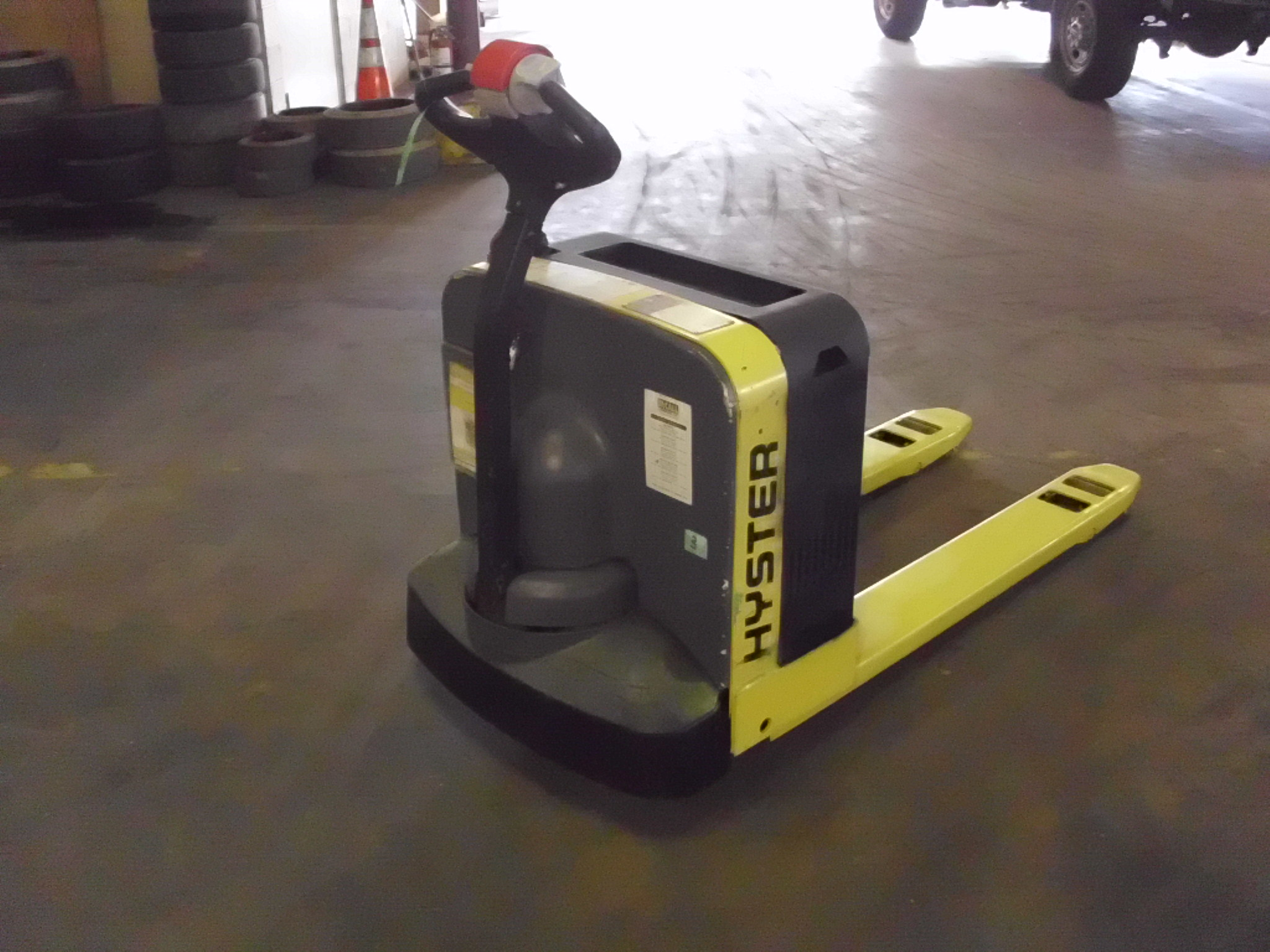 2014 Hyster W40Z Image