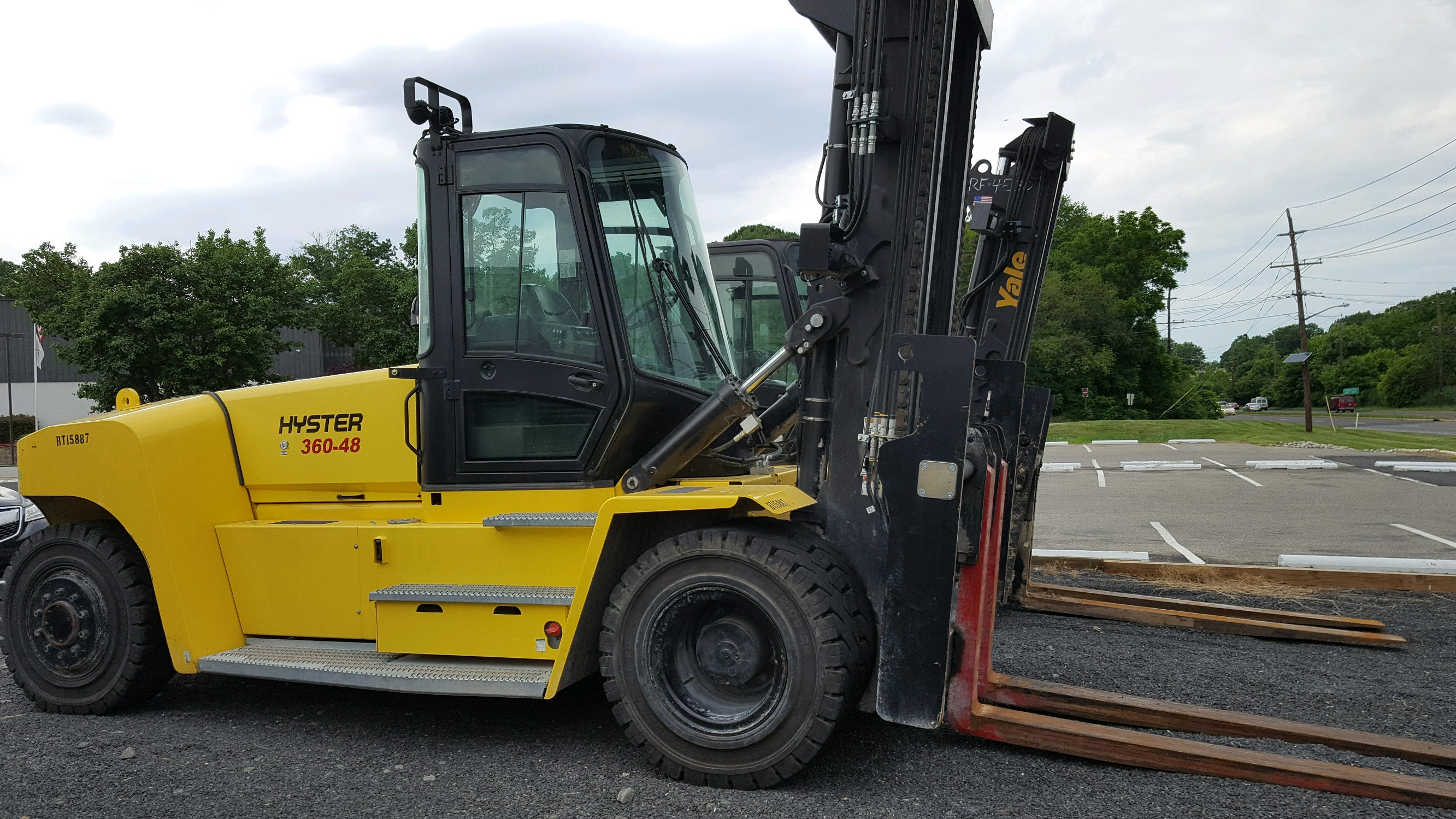 Similar Used Equipment - 2016 Hyster H360-48HD2