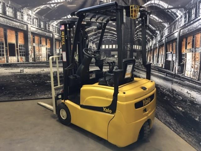 Similar Used Equipment - 2015 Yale ERP030VTN36TE078