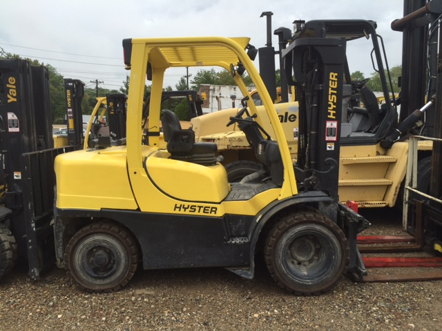 2010 Hyster H80FT Image