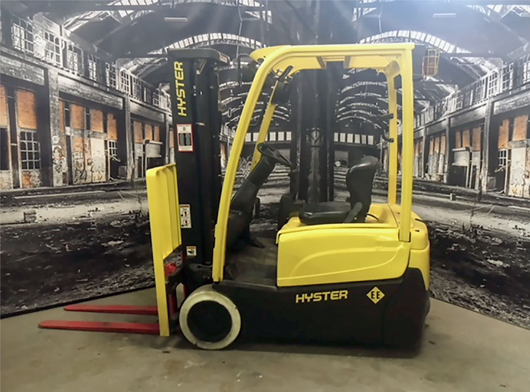 Similar Used Equipment - 2011 Hyster J40XNT