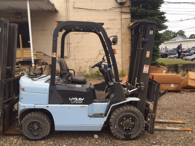Similar Used Equipment - 2009 UTILEV UT25P