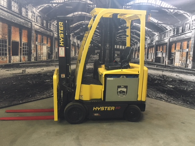 Similar Used Equipment - 2013 Hyster E40