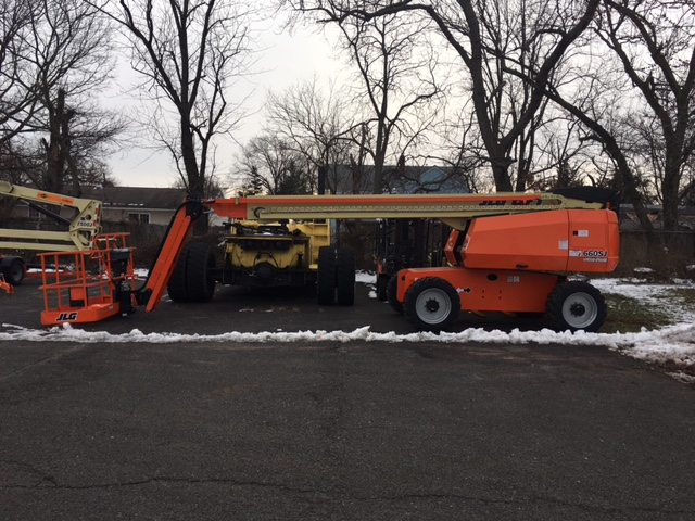 Similar Used Equipment - 2017 JLG 660SJ