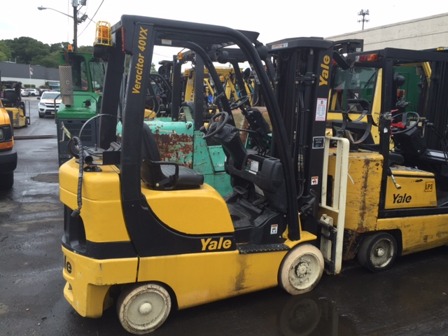 Similar Used Equipment - 2008 Yale GLC040SVXNUSE082